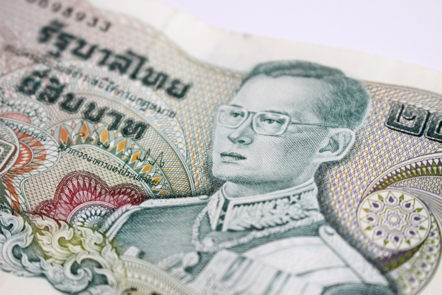 家族でタイ移住:学費問題